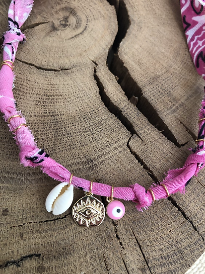 Collier tie and dye rose coquillage oeil rose