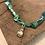Thumbnail: Collier vert/bleu main