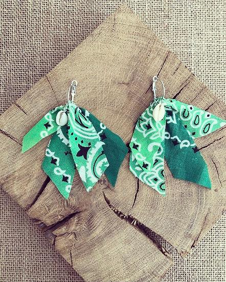 Boucles d oreilles verte