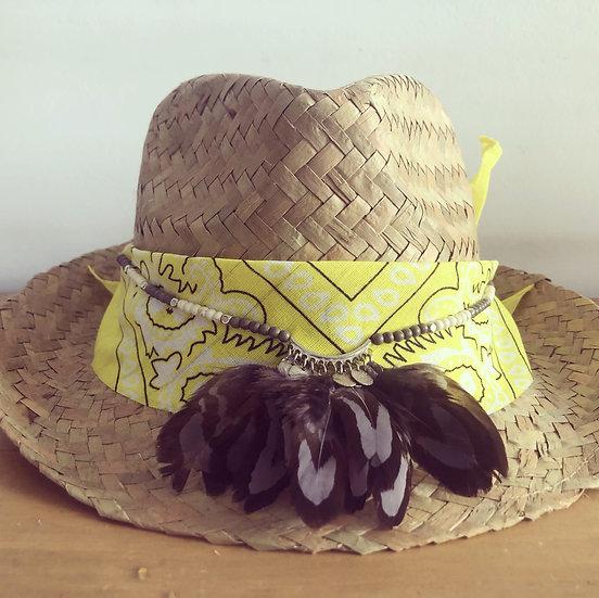 Chapeau jaune