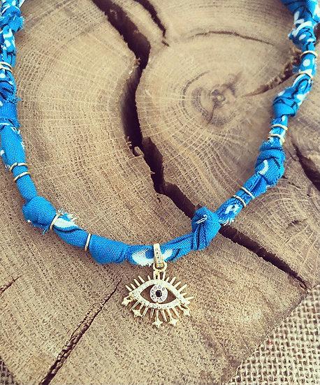 Collier bleu oeil