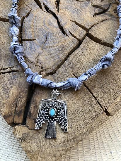 Collier gris clair phoenix