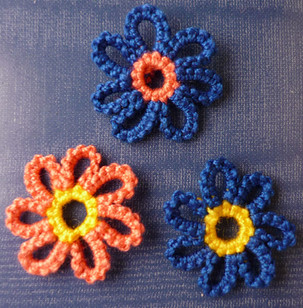 Simple Daisy Picot Flower.jpg