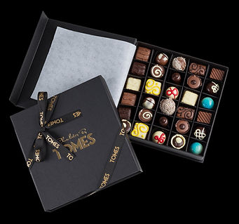 30-Piece-Indulgence-Gift-Box_black.jpg