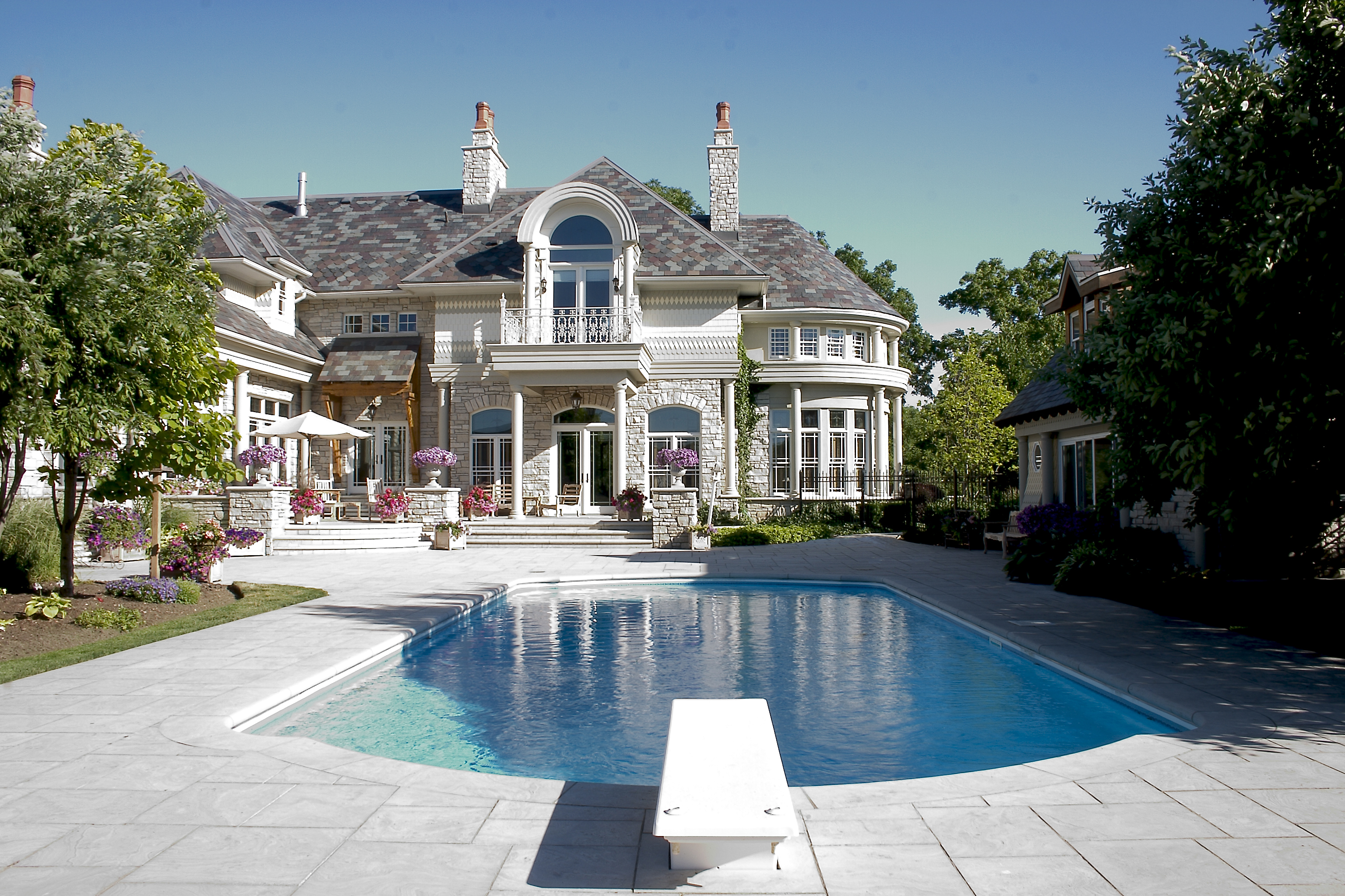 bigstock-Luxury-Home-With-Pool-1858990