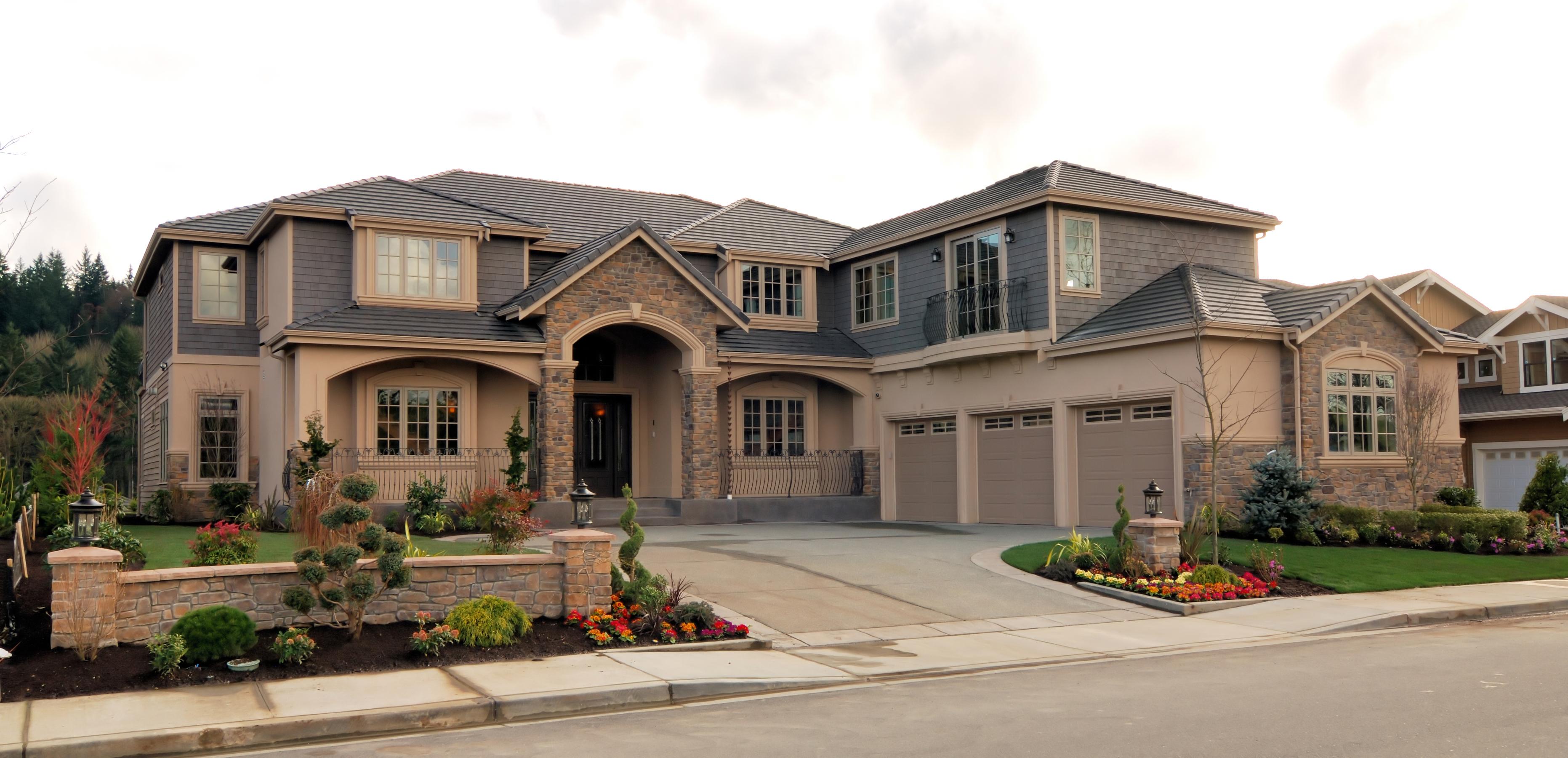 bigstock-Large-American-Home-1414403
