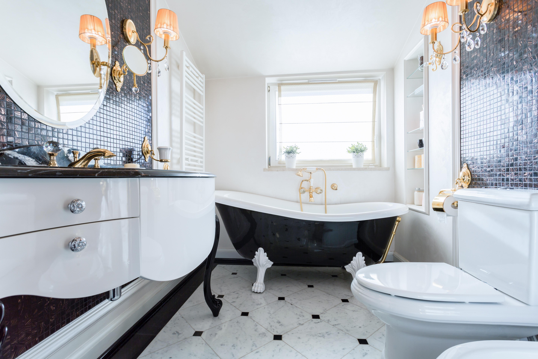 bigstock-Exclusive-Bathroom-In-Luxury-M-84406055