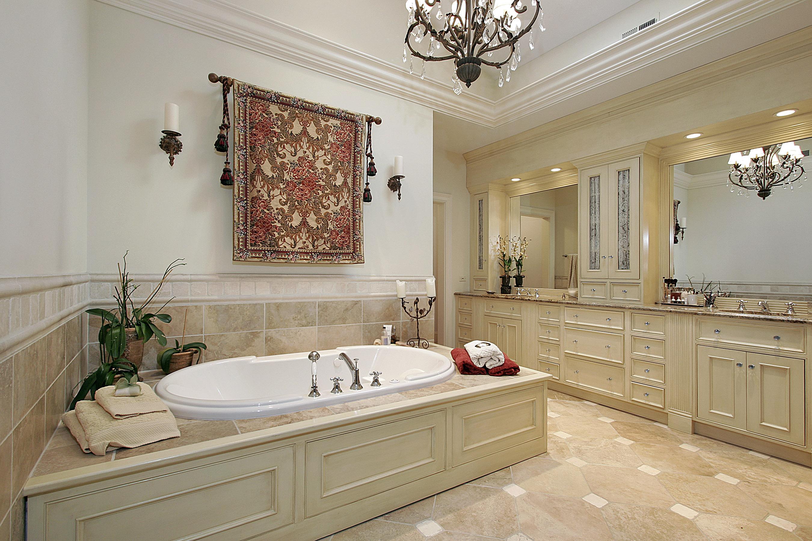 bigstock-Master-Bath-In-Luxury-Home-5147904