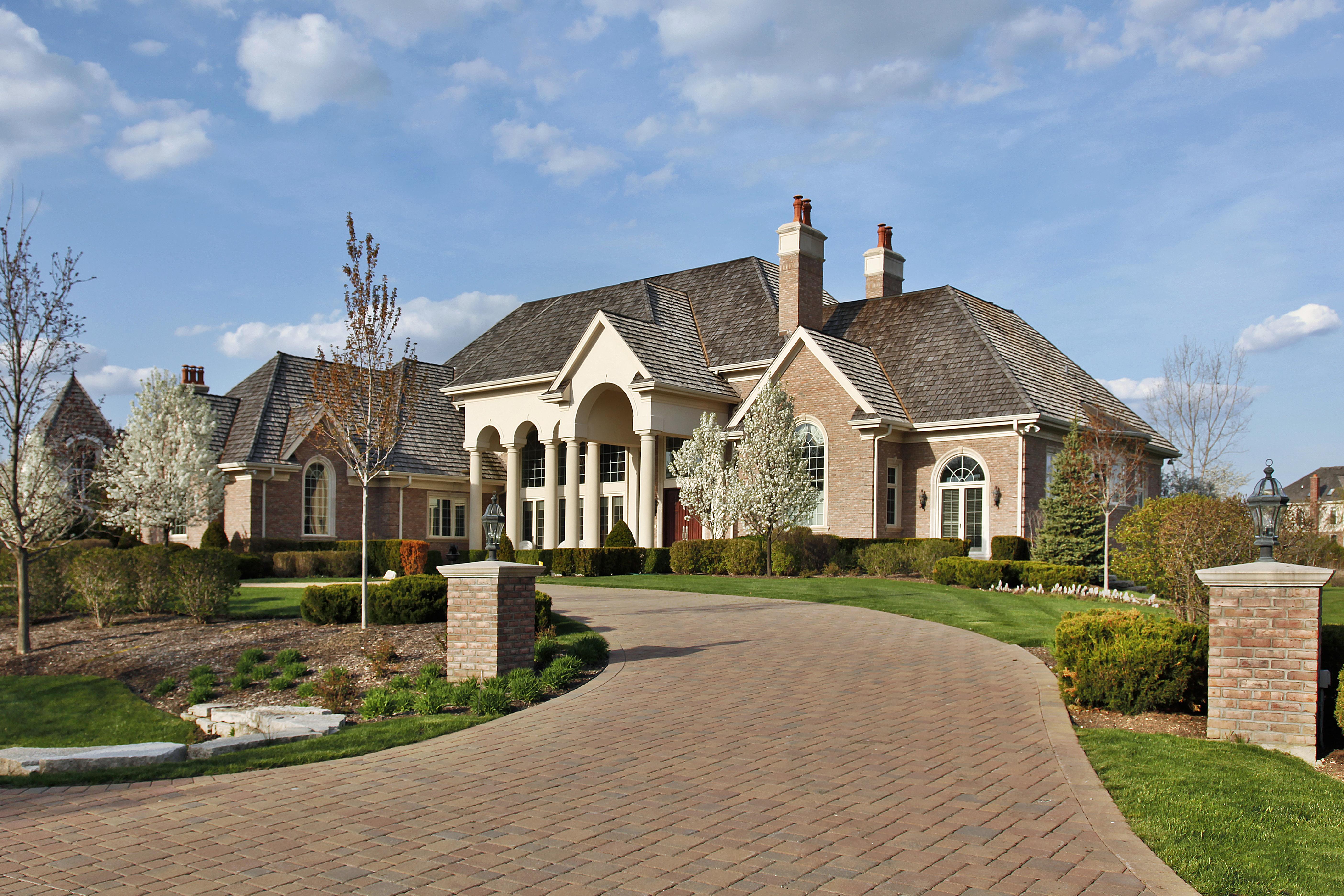 bigstock-Luxury-Home-With-Columns-5047228