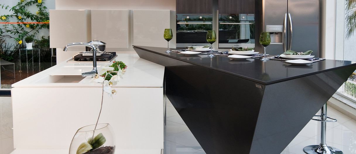 Modern Quartzite Kitchen Countertops, kitchen remodeling, bathroom remodeling and more for clients in Bergen, Passaic, Essex, Morris & Sussex Counties. Njcountertops.com