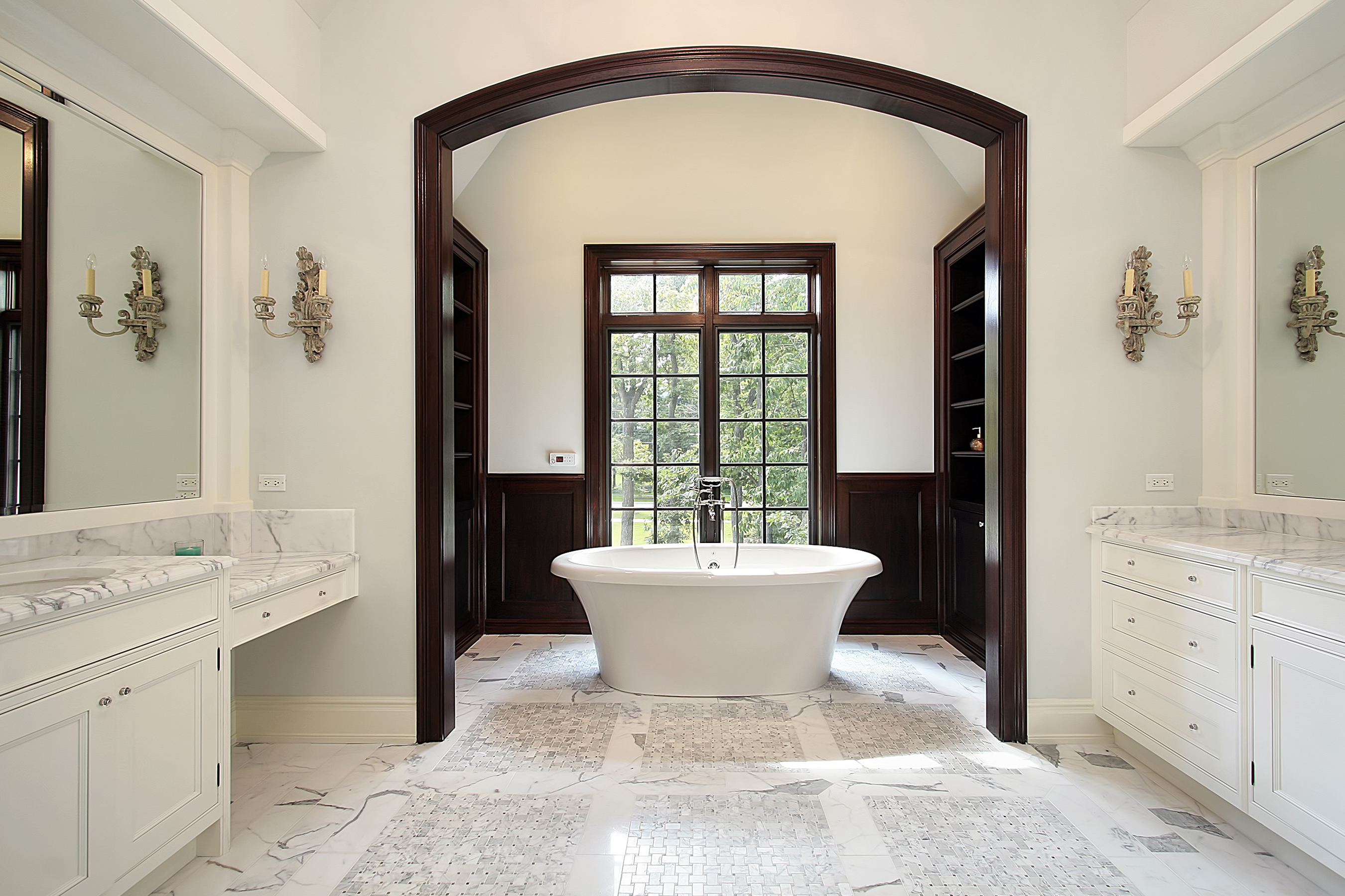 bigstock-Master-Bath-With-Arched-Tub-Ar-6683250
