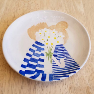 Hand painted plate at Creative Biscuit Ceramics Cafe