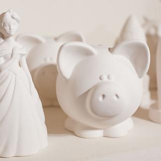 Ceramic money boxes at Creative Biscuit