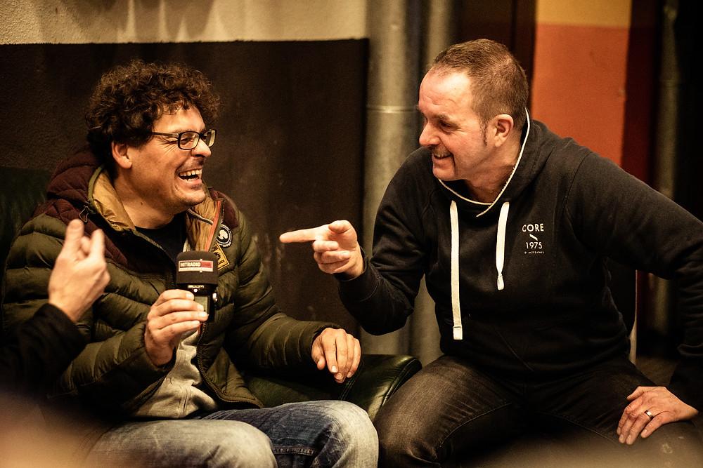 Frank Vetter (links) und Gert Endres (rechts) beim Interview mit Hitradio OHR
