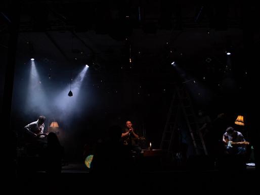 """Zehn Kameras filmen Blues-Musiker Matt Woosey und die """"Matt Woosey Band"""""""