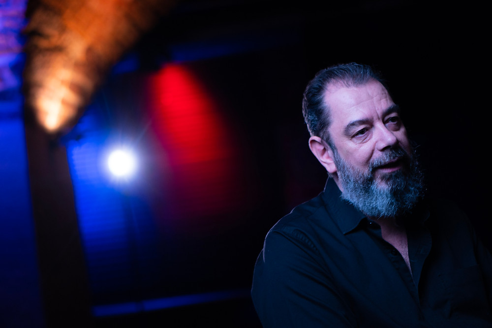 Lothar Strunk während des Interviews im Jazzhaus