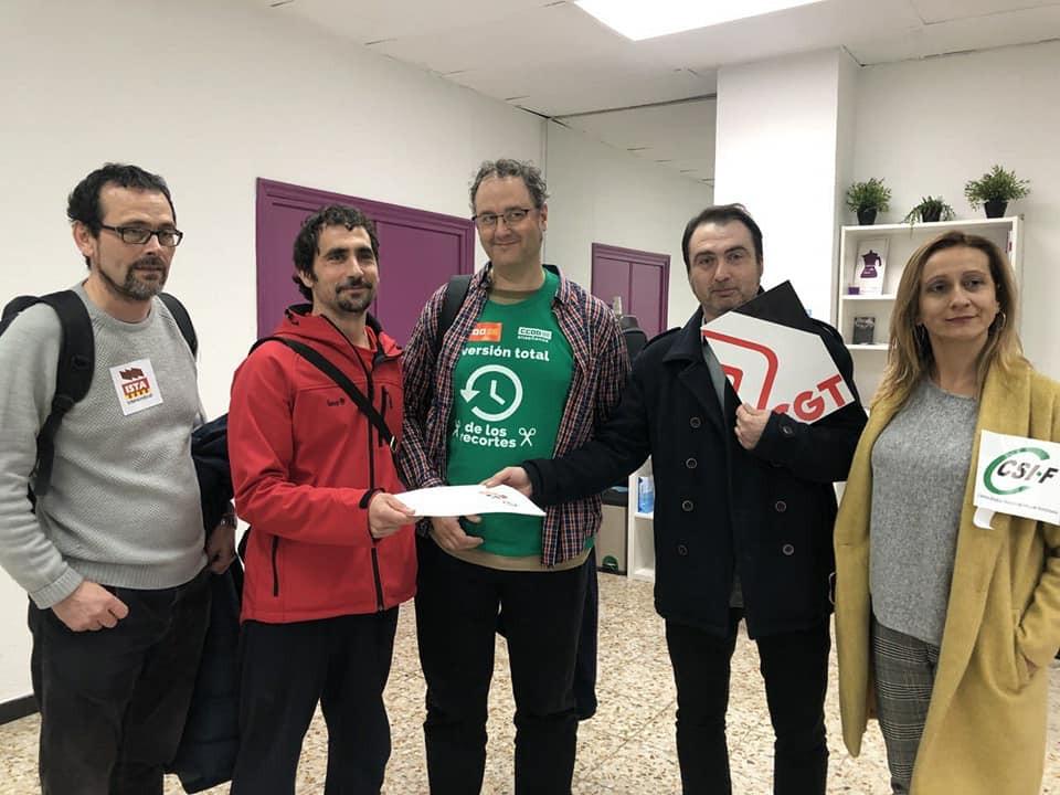 Entregamos nuestras reivindicaciones a Podemos Aragón