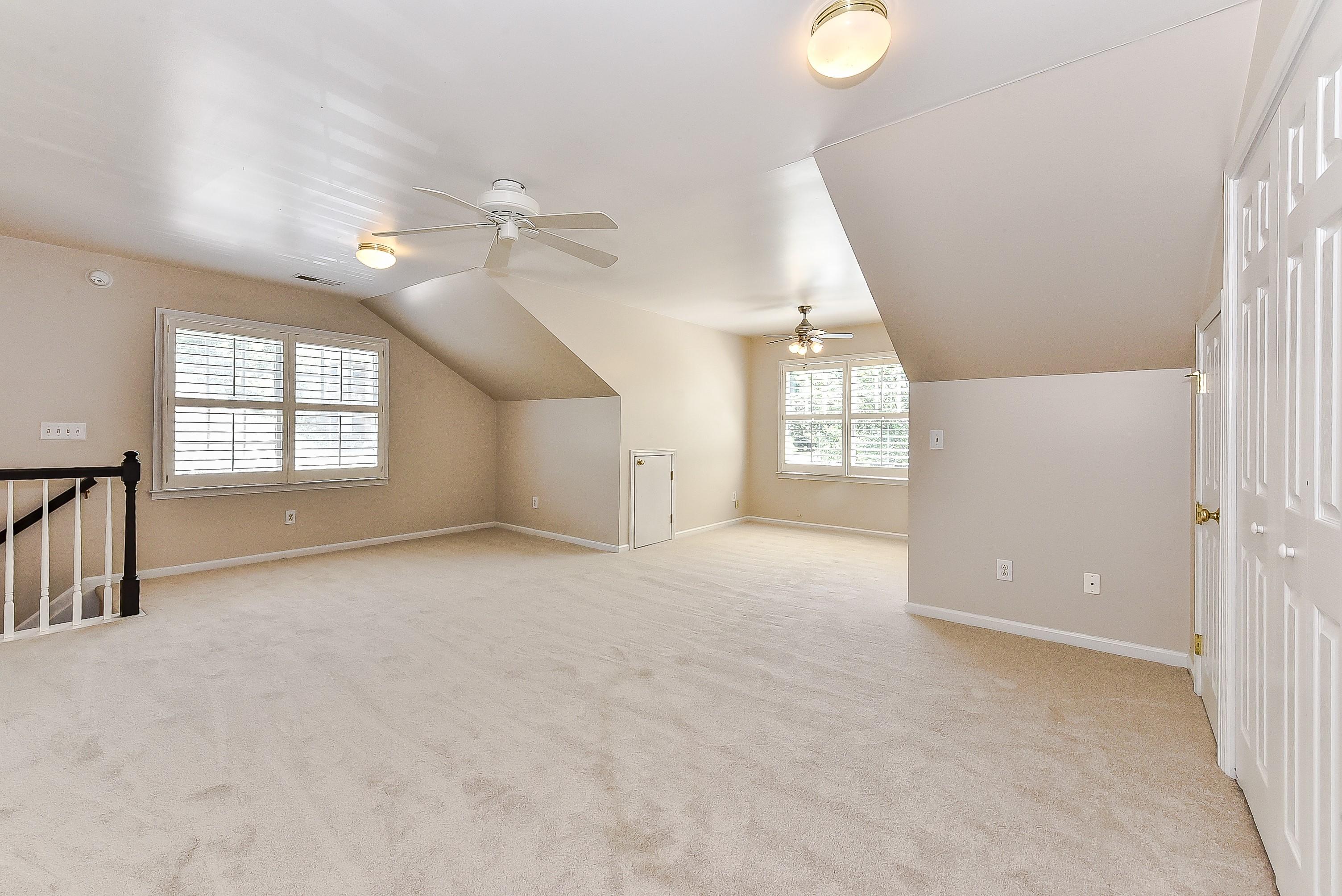 029_Bonus Room