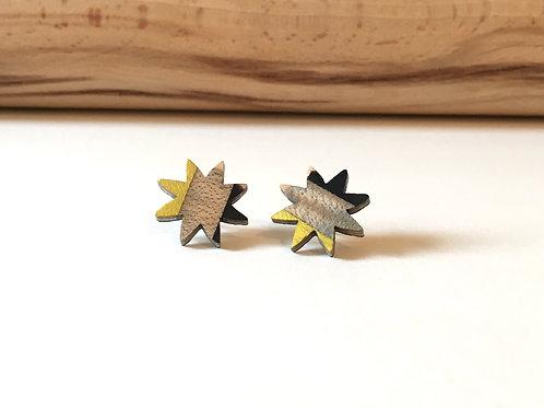 """Boucles-puces """"La petite étoile"""" jaune et gris"""