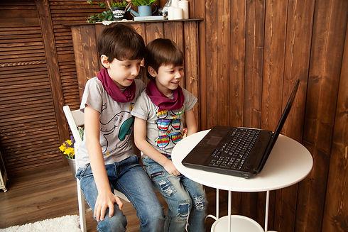 kids-4928562_1920.jpg