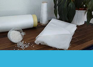 Bio-fibers obtained from ligno-cellulosic wastes, in raw, thread and textile format