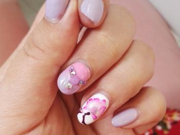 Nail art Orchidée en semi-permanent