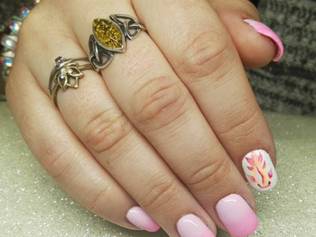 Nail art poisson en aquarelle