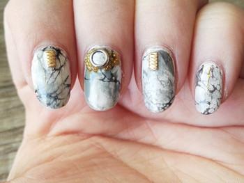 Nail art effet marbre