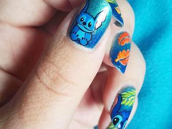 Nail art Stitch!