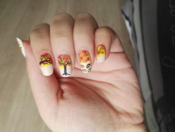 Nail art automnale, inspiration Pschiiit