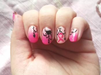Nail art pour l'Octobre Rose