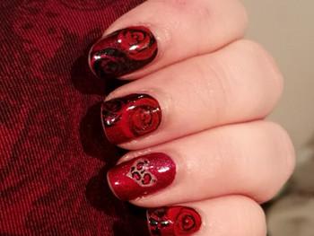 Nail art - Des roses pour la Saint-Valentin