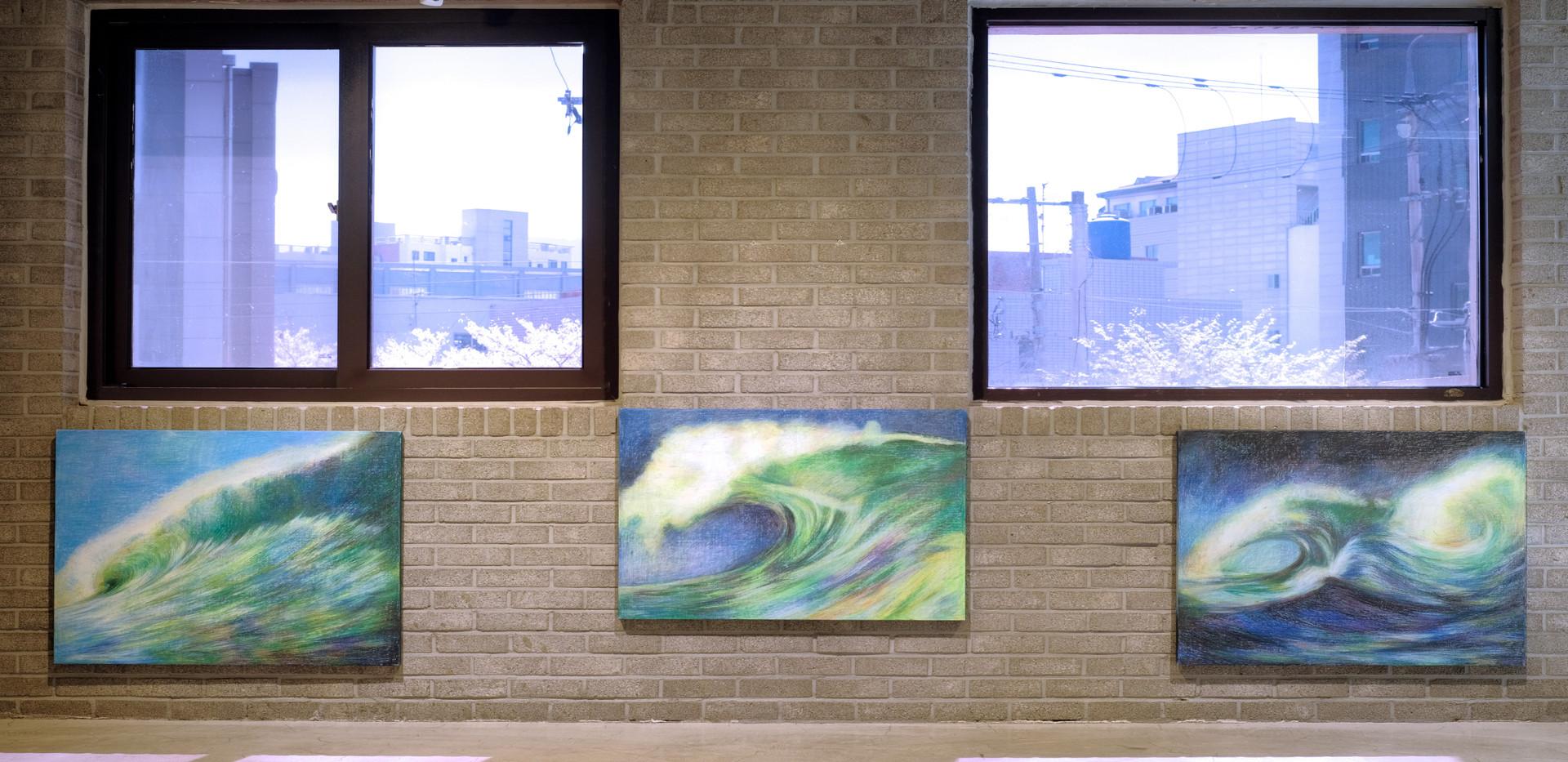 윤우진 <생(life)>, oilpastel on canvas, 72.7*90.9m, 2019 <생(life)>, oilpastel on canvas, 72.7*90.9m, 2019 <생(life)>, oilpastel on canvas, 72.7*90.9m, 2019