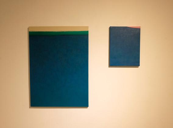 이연주 <서재>, 53.0*72.7㎝, acrylic on canvas, 2019 <서재>, 24.2*34.8㎝, acrylic on canvas, 2019