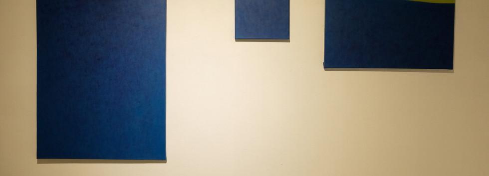 이연주 <서재>, 53.0*72.7㎝, acrylic on canvas, 2019 <서재>, 22.0*22.0㎝, acrylic on canvas, 2019 <서재>, 53.0*33.4㎝, acrylic on canvas, 2019