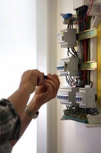 mise-aux-normes-electriques-antony-199x3