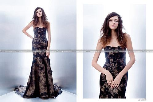 Sweet-heart mermaid dress in black lace