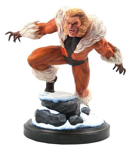 Diamond Select Marvel Premier Collection Sabretooth Statue