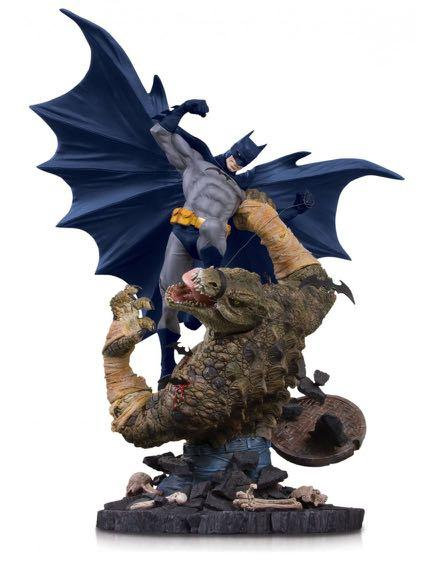 DC Collectibles - Batman vs. Killer Croc Mini Battle Statue