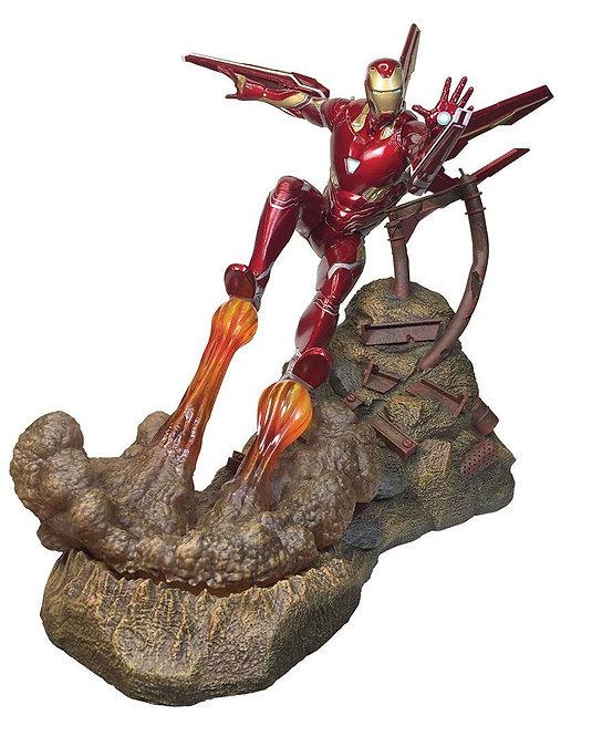 Diamond Select Marvel Premier Collection Avengers 3 Iron Man MK 50 Statue