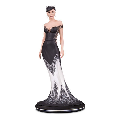 DC Collectibles - DC Cover Girls Catwoman Wedding Dress by Joelle Jones Statue
