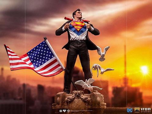 Iron Studios Clark Kent Deluxe Art Scale 1/10 - DC Comics