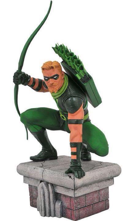 Diamond Select DC Comic Gallery Green Arrow Statue