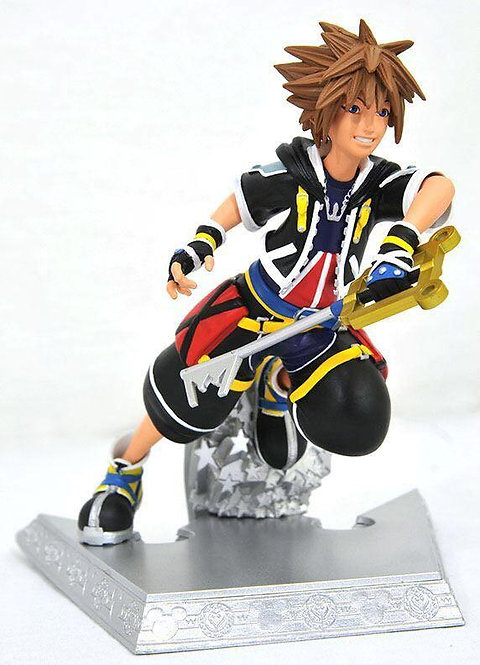 Diamond Select Kingdom Hearts II Gallery Sora Statue