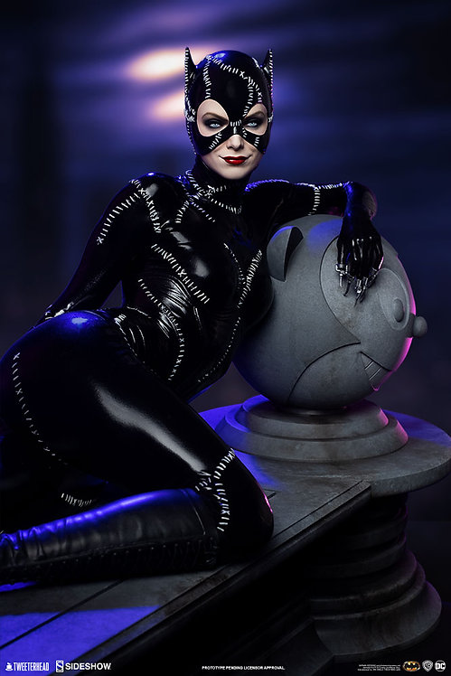 Sideshow Catwoman Maquette by Tweeterhead
