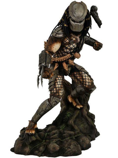 Predator Gallery Jungle Predator Statue