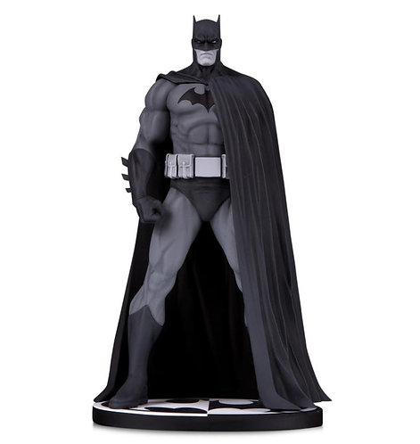DC Direct Batman Black and White Batman V.3 by Jim Lee 1/10 Statue