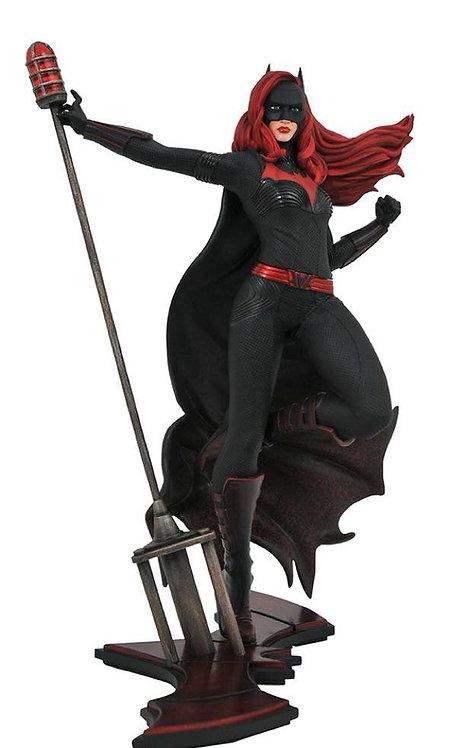 Diamond Select DC TV Gallery Batwoman Statue