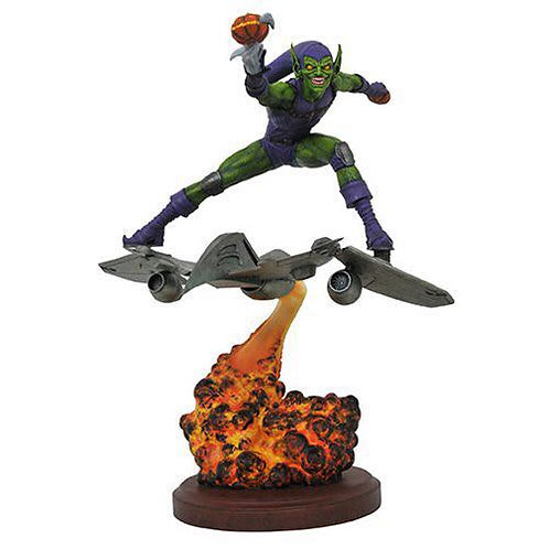 Diamond Select Marvel Comics Premier Green Goblin Resin Statue