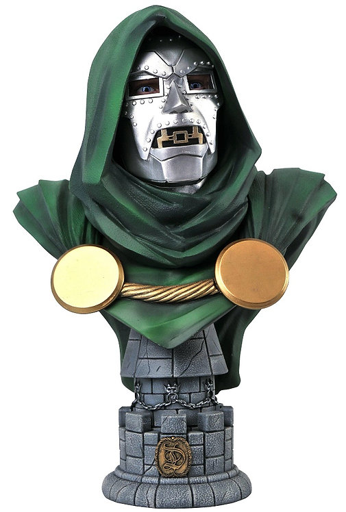 Diamond Select Marvel Legends in 3D Doctor Doom 1:2 Scale Bust